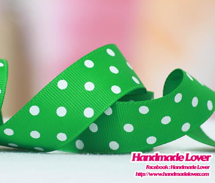 ริบบิ้นผ้าสีเขียว พิมพ์ลายจุด