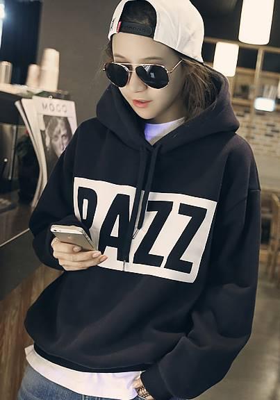 (ภาพจริง)เสื้อแฟชั่น แขนยาว ผ้าฝ้าย บุกันหนาว มีฮูด RAZZ สีดำ