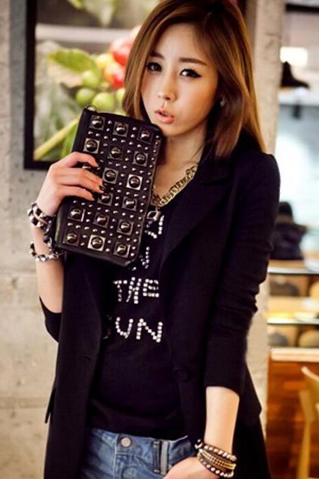 (สินค้าหมด) เสื้อสูทแฟชั่น เสื้อสูทผู้หญิง สีดำ แขนยาว ด้านหลังแต่งด้วยผ้าชีฟอง