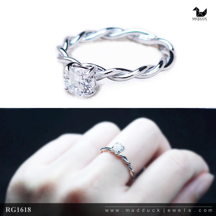 แหวนเงินแท้ เพชรสังเคราะห์ ชุบทองคำขาว รุ่น RG1618 0.50 carat eter twist