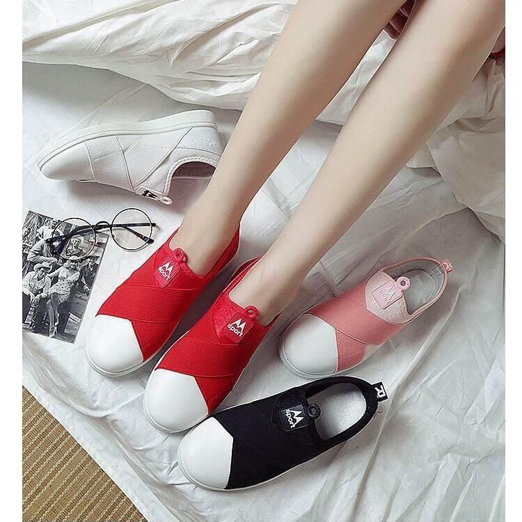 รองเท้าผ้าใบแฟชั่นสีแดง แบบสวม หน้ายางไขว้ ผ้าแคนวาส (สีแดง )