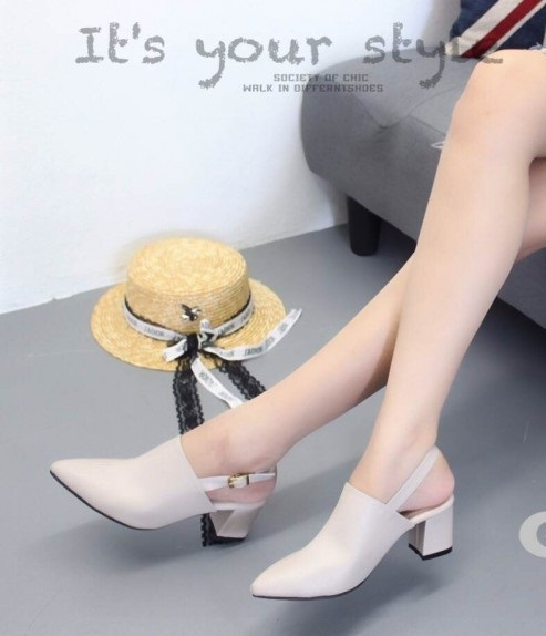 รองเท้าส้นตันหัวแหลมเปิดส้นสีเทา หนังนิ่ม (สีเทา )