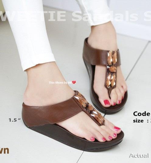 รองเท้าแตะเพื่อสุขภาพสีน้ำตาล SWEETIE Sandals Style (สีน้ำตาล )