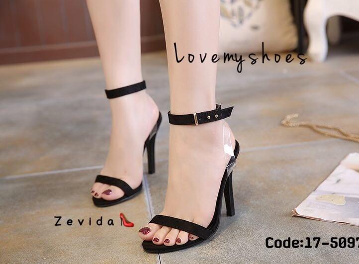 รองเท้าส้นเข็มรัดข้อสีดำ ผ้าสักหราด สายรัดพลาสติกใส (สีดำ )