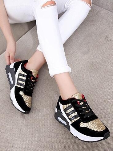 รองเท้าผ้าใบสีดำ-ทอง STYLE ADIDAS (สีทอง)