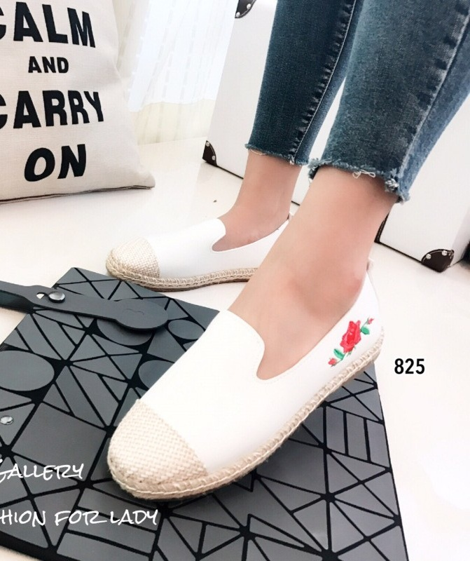 รองเท้าผ้าใบผู้หญิงสีขาว หุ้มเชือกปอ Style Gucci (สีขาว )