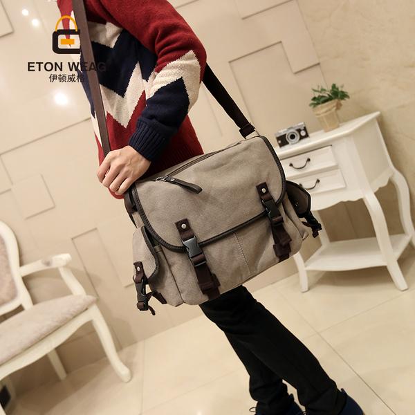 พร้อมส่ง กระเป๋าสะพายข้างผู้ชายแฟขั่นเกาหลี รหัส Man-573-S ( เล็ก ขนาด 35*30*12 cm ) สีกากี 1 ใบ