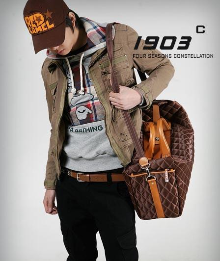 พร้อมส่ง กระเป๋าเดินทาง สะพายข้าง ผู้ชายแฟขั่นเกาหลี รหัส Man-8949-L ขนาดใหญ่ 50 cm สีน้ำตาล