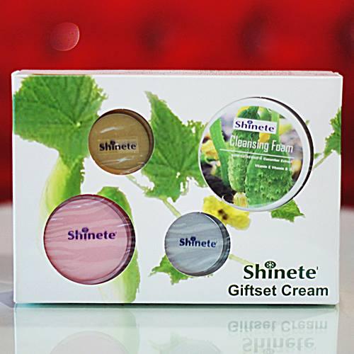 ชุดครีม Shinete Giftset Cream