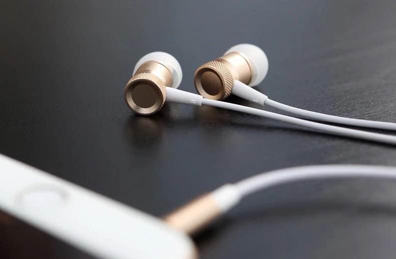 หูฟัง Rock Mula Stereo Earphone สีทอง ราคา 450 บาท ปกติ 850 บาท