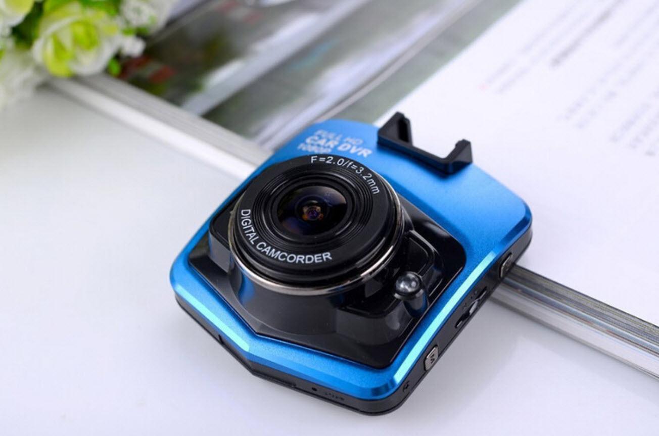 กล้องติดรถยนต์ GT300 Novatek Full HD ของแท้ สีน้ำเงิน ราคา 1,390 บาท (แถมฟรี เมม 8GB Kingtons)