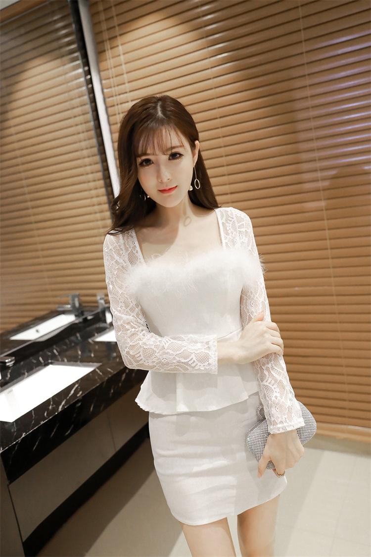 ชุดลูไม้ออกงานสีขาวน่ารักๆขนปุยๆ