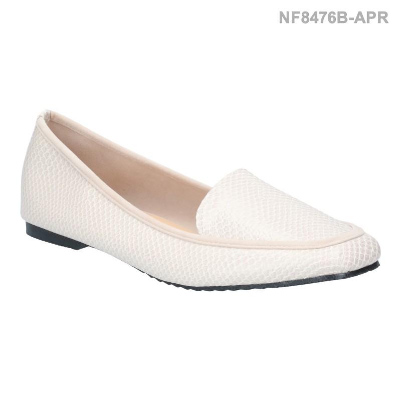 รองเท้าส้นแบน หุ้มส้น ลายหนังงู (สีแอปริคอท )