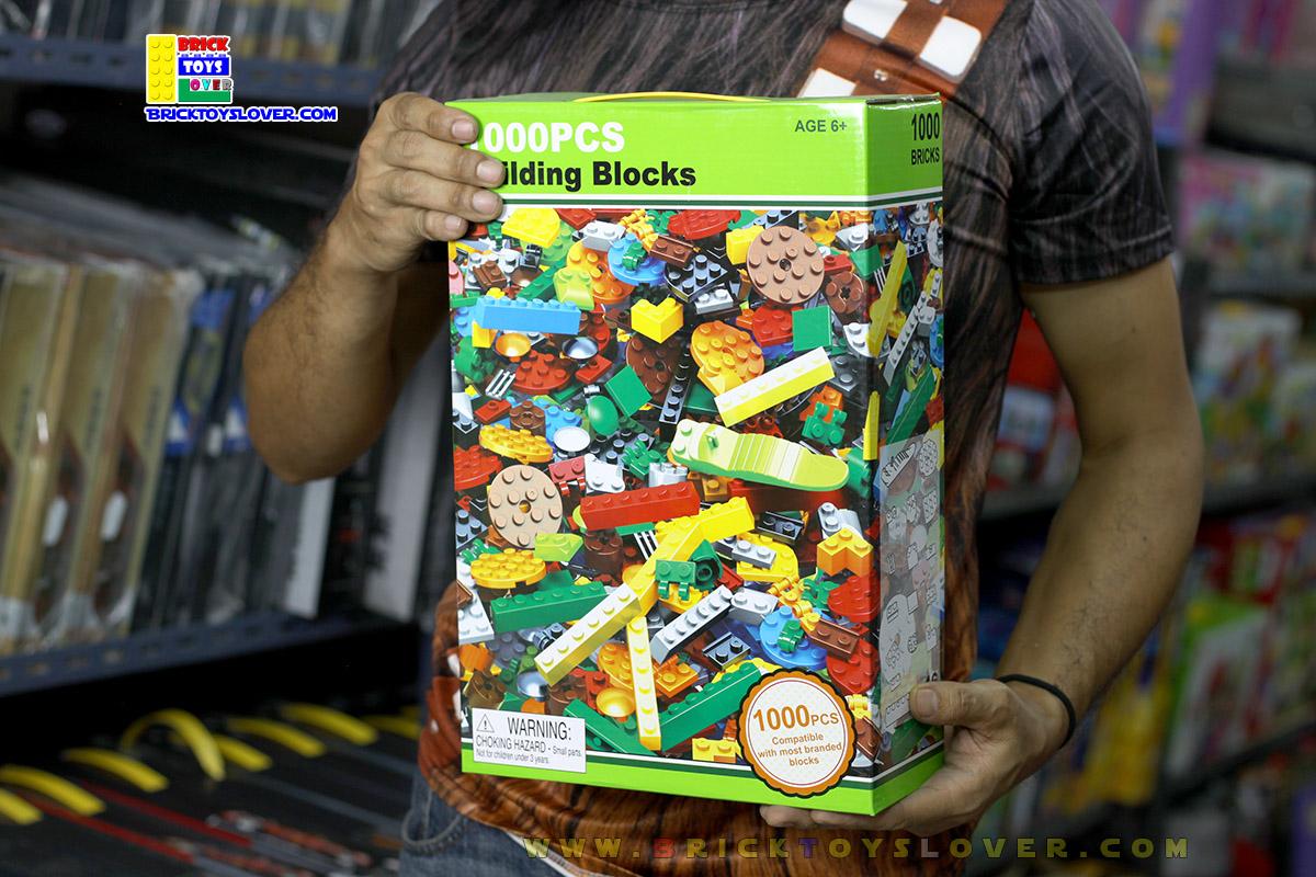 3D051 ตัวต่ออิสระ คละแบบ คละสี 1,000 ชิ้นในกล่องกระดาษสีเขียว
