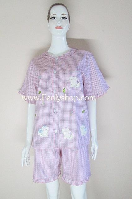ชุดนอน(ญ)ขาสั้น ผ้าCotton แบบลายสก๊อตสีชมพูปักลายแมว น่ารัก ฟรีไซส์