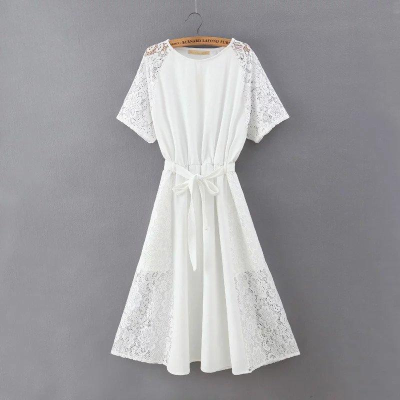 (มี M=XL)เดรสสีขาว ผ้าเนื้อดีมีน้ำหนัก ไม่พอง ทรงสบายๆ ต่อลูกไม้ด้านข้างแขนและกระโปรงให้ดูเก๋ๆ แบบสวม เอวสมอค(มีผ้าผูกโบว์ให้ตามภาพ)