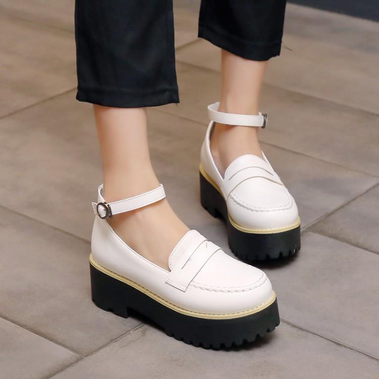 Preorder รองเท้าแฟชั่น สไตล์เกาหลี 30-43 รหัส 9DA-8988