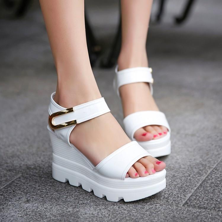 Preorder รองเท้าแฟชั่น สไตล์เกาหลี 34-39 รหัส 9DA-2448