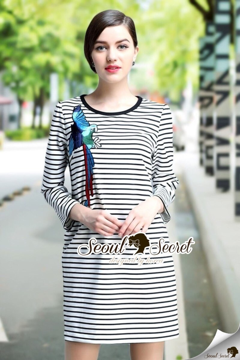Parroty Embroider Stripe Dress