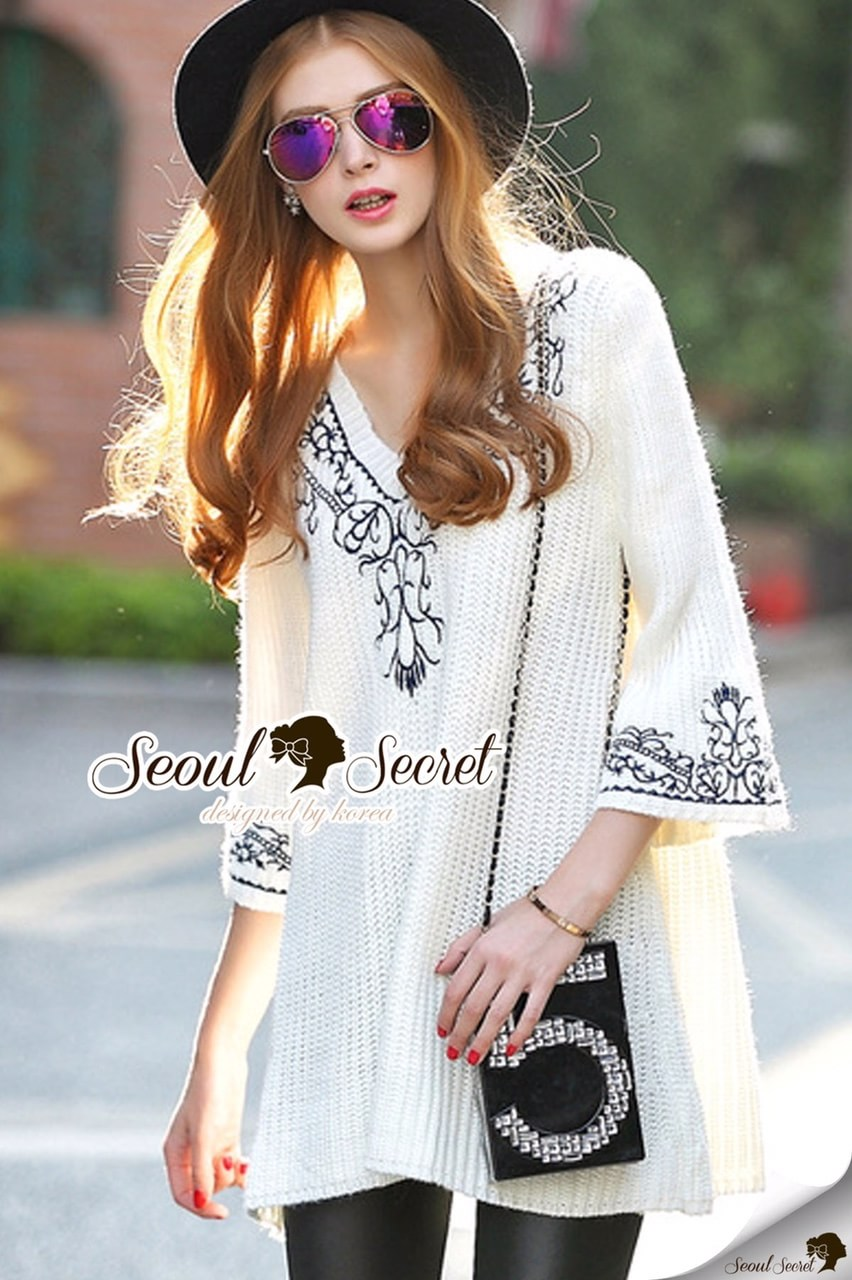 Belly Bell Sleeve Ivory Embroider Dress
