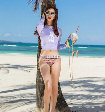 ชุดว่ายน้ำแขนยาวทูพีชสีม่วงพาสเทล พร้อมส่ง ไซส์ M L