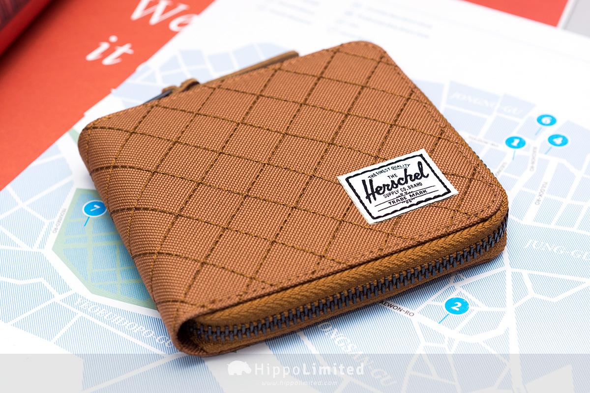 กระเป๋าสตางค์แบบซิปรอบ Herschel Walt Wallet - Caramel Quilted สีน้ำตาลคาราเมล