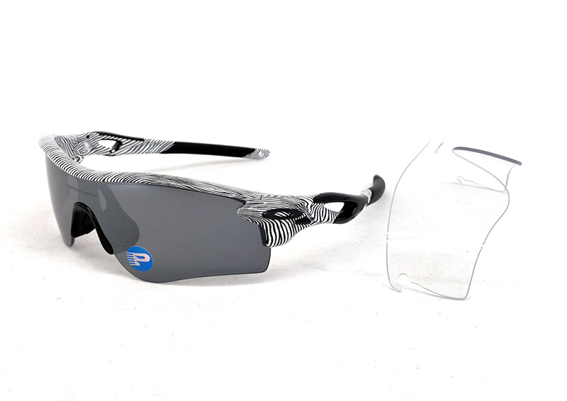 Oakley Radarlock Path : Fingerprint Edition White Fingerprint / Black Iridium Polarized + Clear Lens