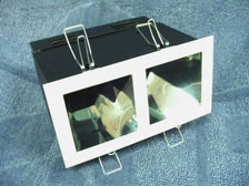 ดาวไลท์กล่องเหลี่ยมฝาปิดตูด 2 ช่อง