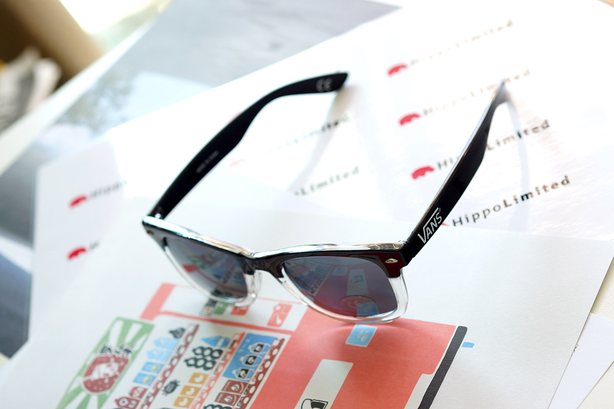 แว่น Vans The Looker Sunglasses - Black