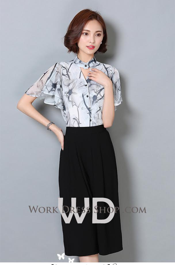 Preorder เสื้อทำงาน สีขาว เนื้อผ้าพิมพ์ลายดอกไม้ แต่งคอวีเก่ๆ แขนระบายสวย