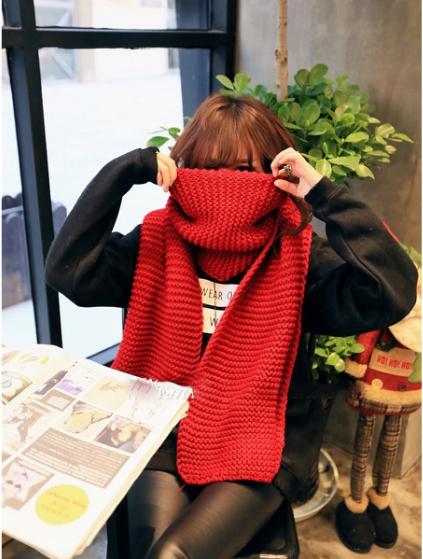 ผ้าพันคอกันหนาว ไหมพรม เกาหลี เข้าได้กับทุกชุด สีแดง