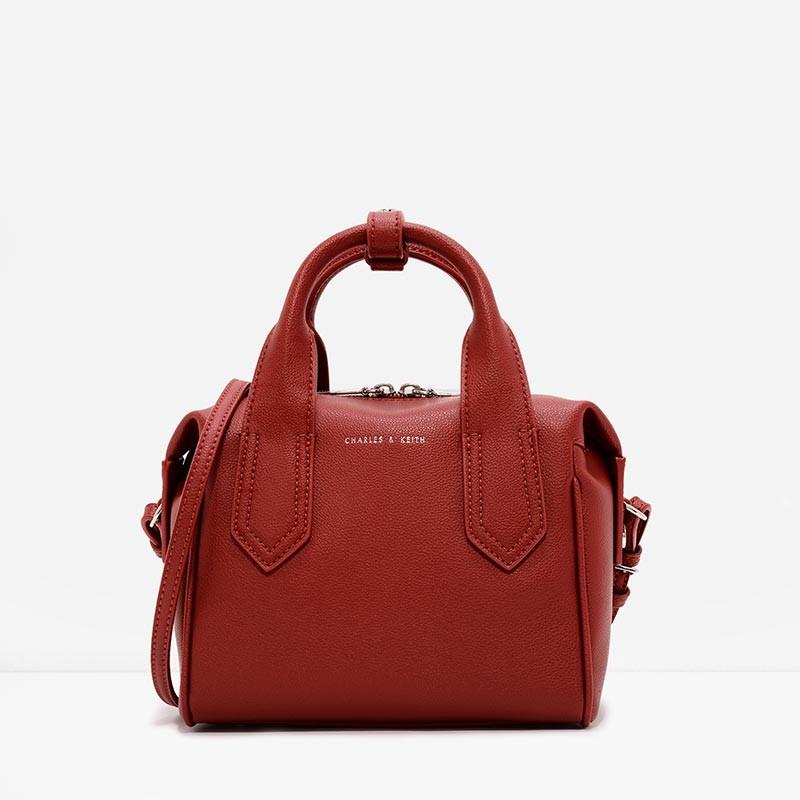 CHARLES & KEITH SOFT BOWLING BAG-สีแดง