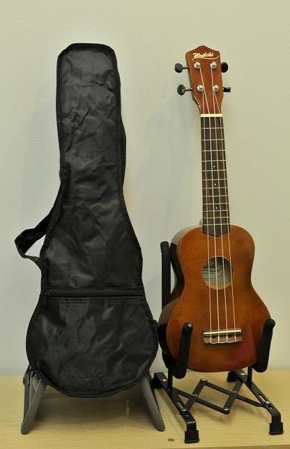 """อูคูเลเล่ Ukulele Waikiki Classic Bass Wood สาย Aquila Soprano 21"""" ฟรีกระเป๋า"""