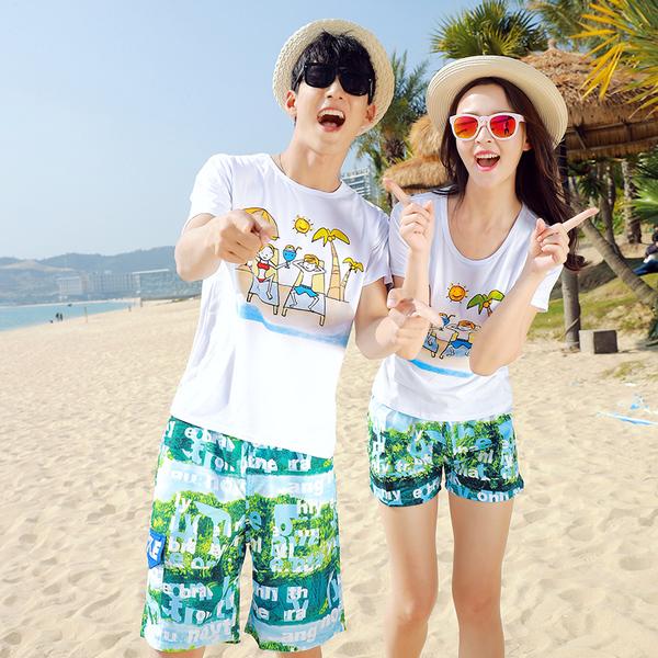 เสื้อคู่รัก ชุดคู่รักเที่ยวทะเลชาย +หญิง เสื้อยืดสีขาวคู่รักนอนอาบแดด กางเกงขาสั้นสีเขียว +พร้อมส่ง+