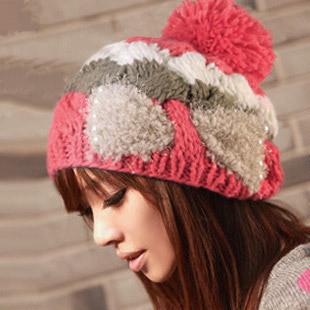 หมวกไหมพรมแฟชั่นเกาหลีพร้อมส่ง ทรงดีไซต์เก๋ ลายโบว์ลูกใหญ่ มีจุก สีแดง