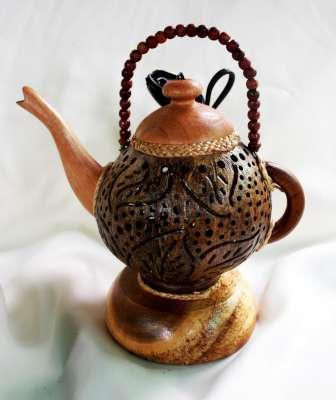 โคมไฟกะลามะพร้าวรูปกาน้ำ Coconut Shell Lamp