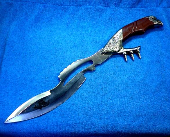 มีดพกสนับ ขนาดใหญ่ พร้อมซองหนังเหน็บเข็มขัด