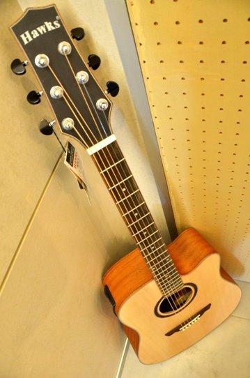 กีต้าร์ โปร่งไฟฟ้า Guitar Hawks รุ่น D31 MC (Top Solid)