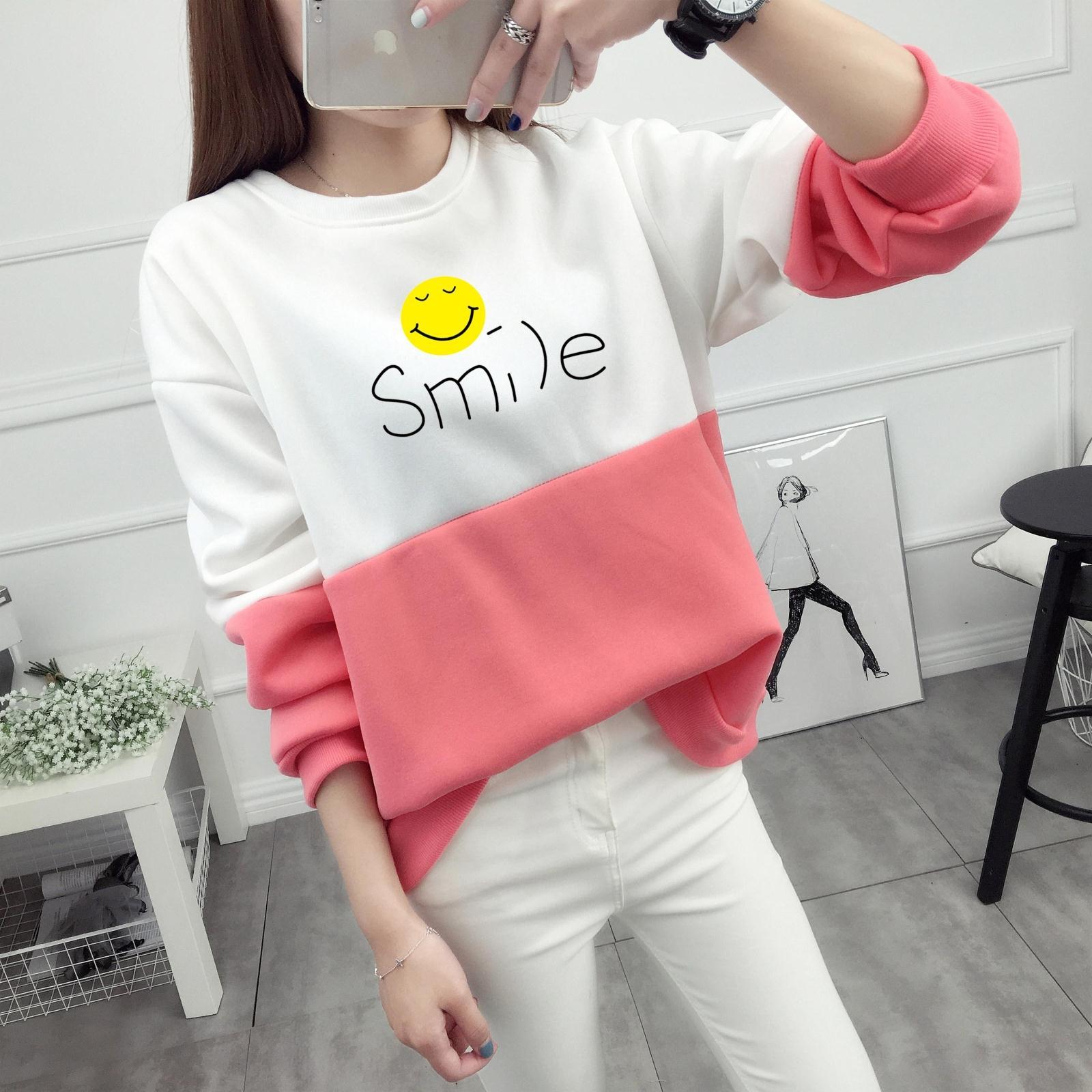 เสื้อแขนยาวแฟชั่นพร้อมส่ง เสื้อแขนยาวแต่งสีขาวสลับชมพู แต่งสกรีนลายยิ้ม Smile +พร้อมส่ง+