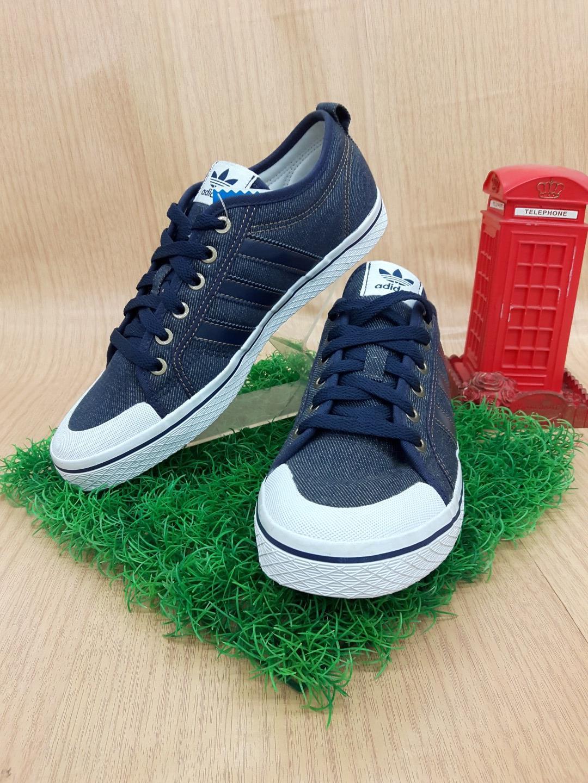 รองเท้าผ้าใบ adidas V24724 สียีนส์ เบอร์41
