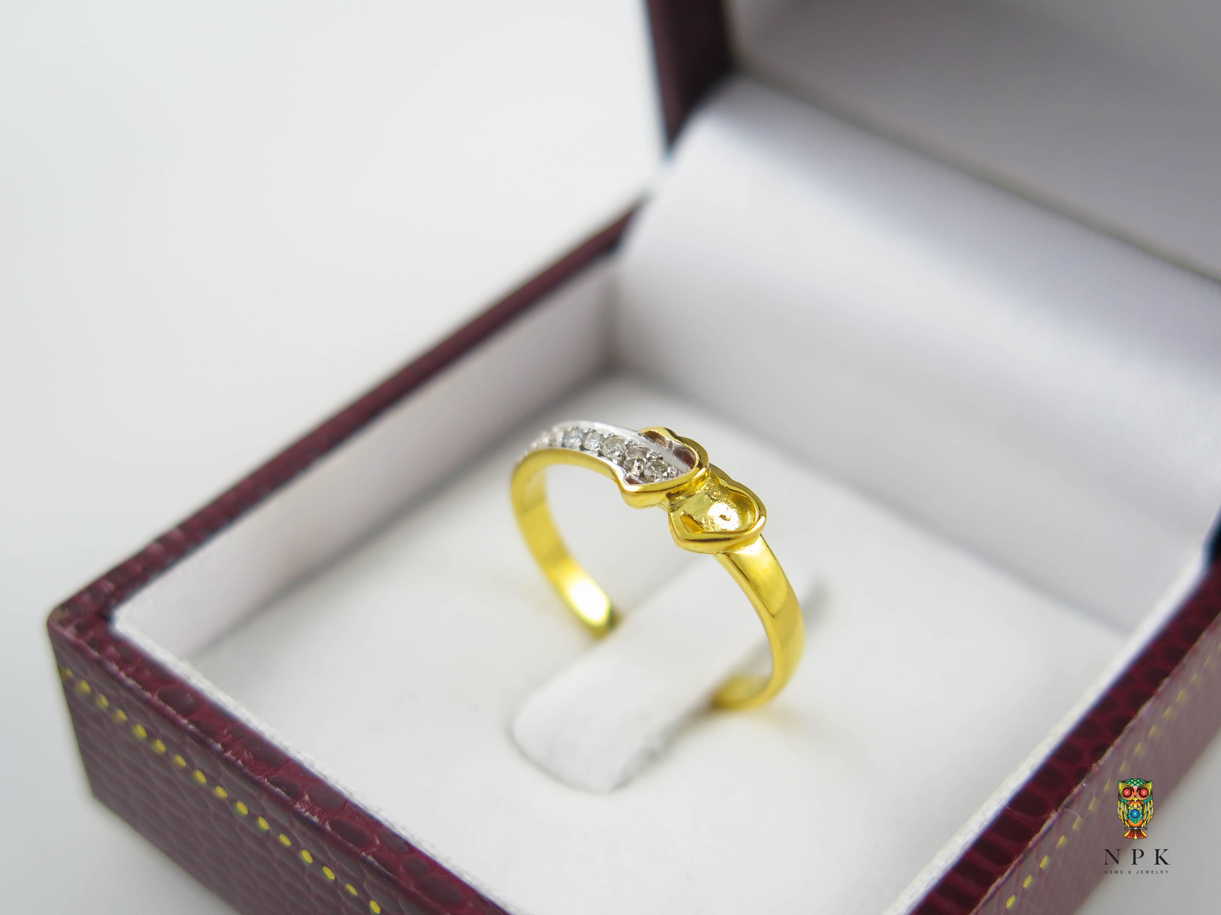แหวนเพชรหัวใจคู่เล็ก