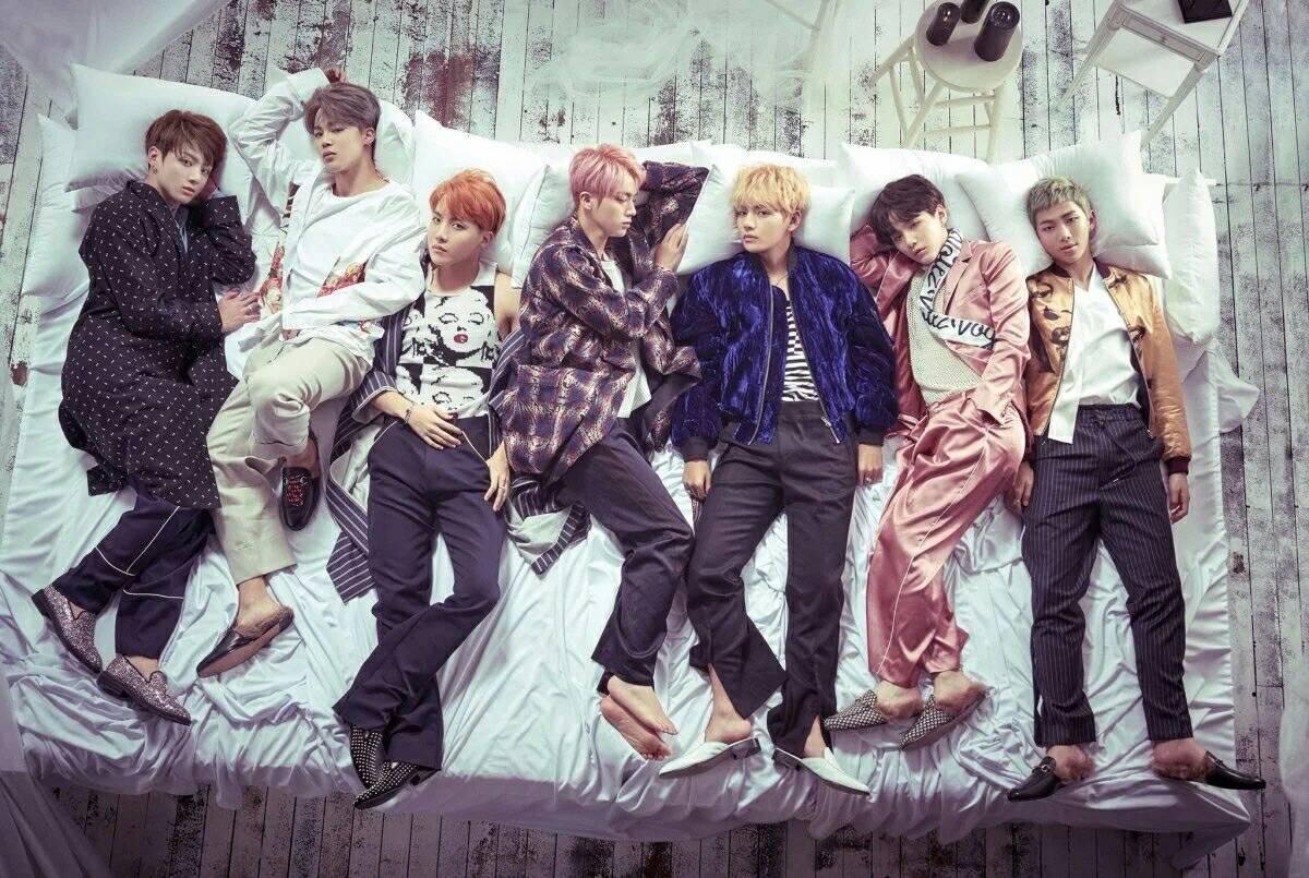 โปสเตอร์ official #BTS Wings (พร้อมกระบอก)