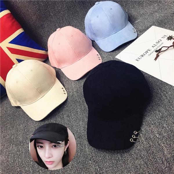 หมวกแฟชั่นเกาหลี หมวกเบสบอล พร้อมห่วงติดปีกหมวก (ระบุสี)