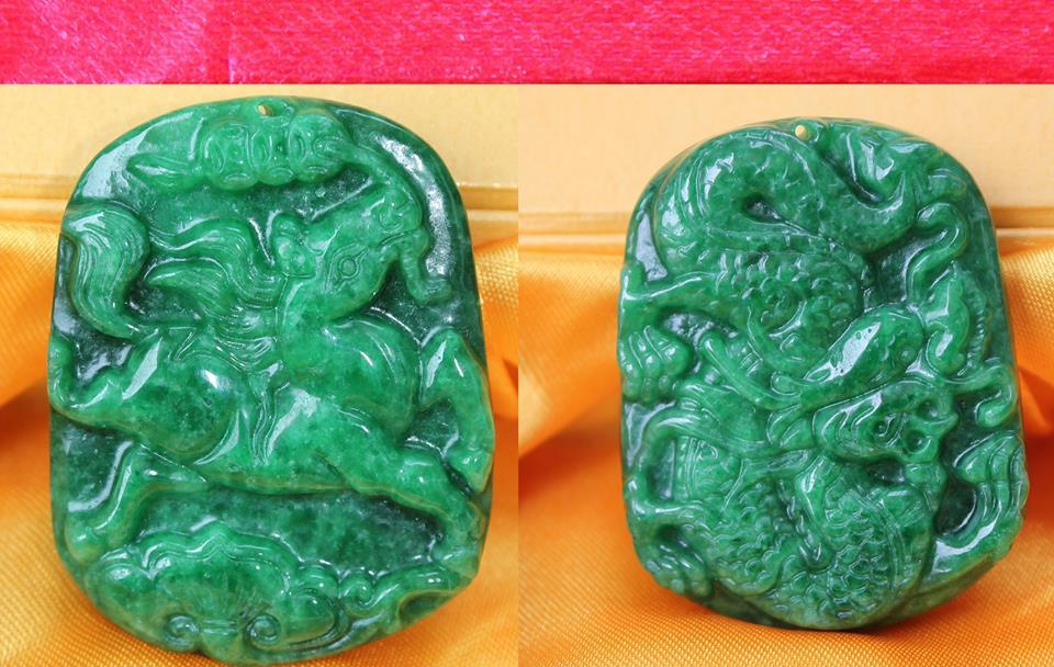 จี้ม้า-มังกรหยกพม่าเขียวจักรพรรดิ์