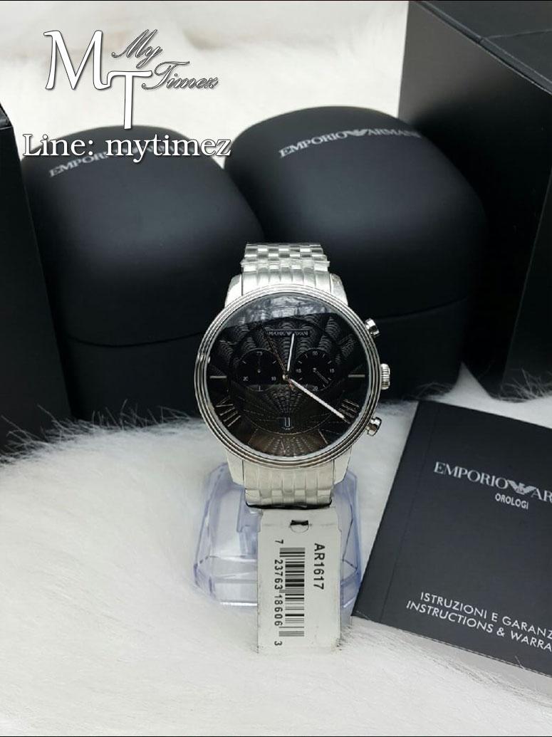นาฬิกาข้อมือ Emporio Armani Men's Classic Silver Chronograph AR1617