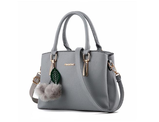 กระเป๋าสะพายข้างผู้หญิงฺ Berlyn สีเทา