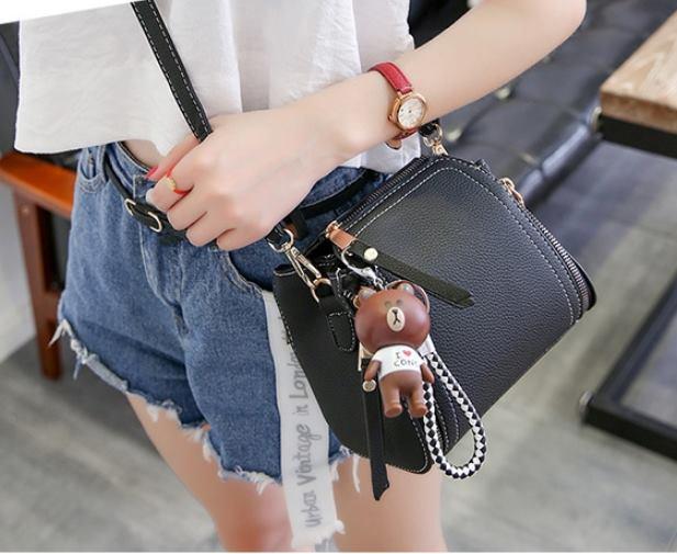 กระเป๋าผู้หญิง dolly bear Black