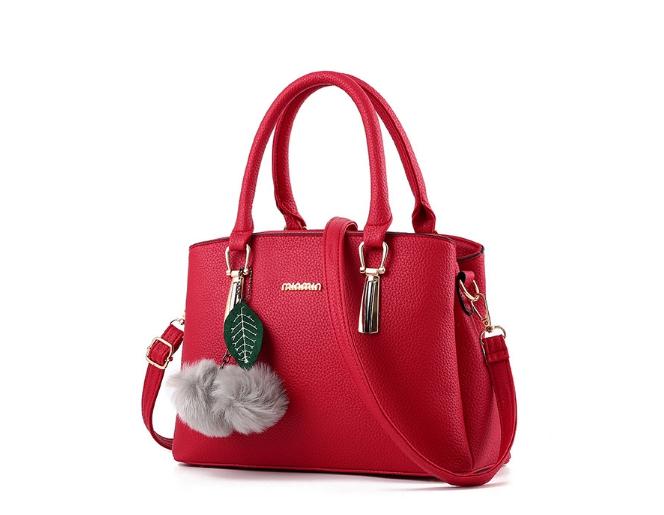 กระเป๋าสะพายข้างผู้หญิงฺ Berlyn สีแดง