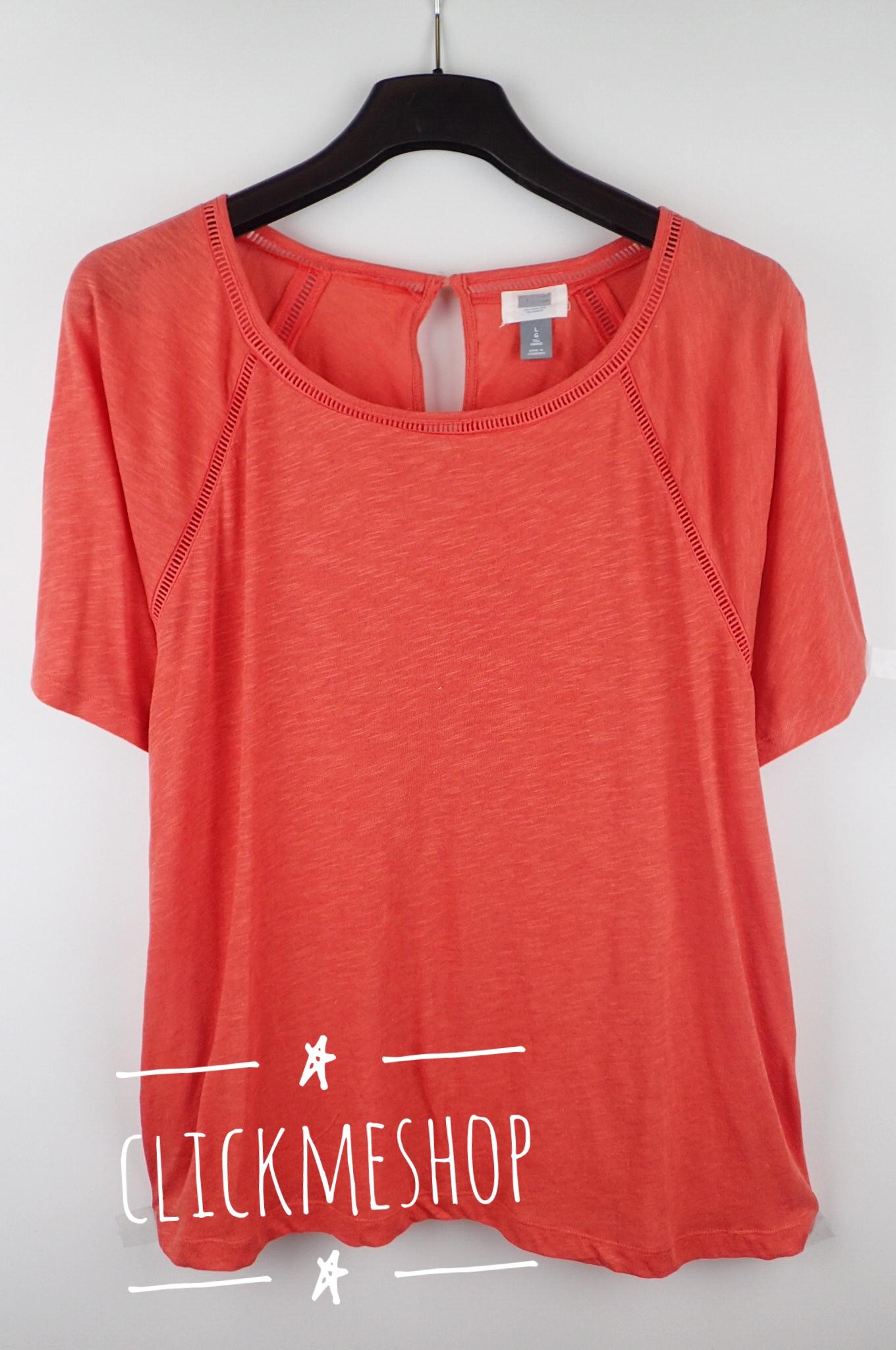 (ไซส์ XXL หน้าอก 46-48 นิ้ว ) เสื้อยืด Oldnavy สีส้ม มีลายฉลุที่ไหล่ เรียบๆน่ารักคะ