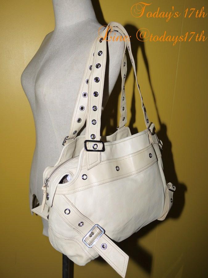 กระเป๋าหนังแท้ DKNY